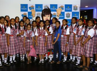 Children enjoying themselves at Cinepolis theatre_2